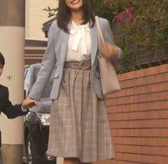 第4話 佐野ひなこ スカート2.jpg